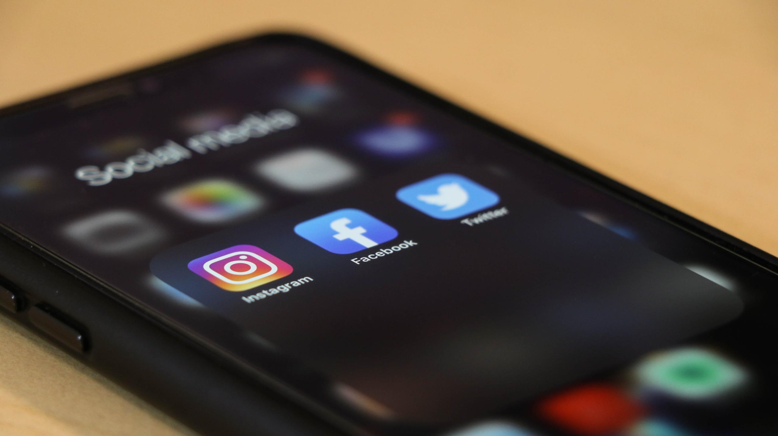social-media-ios-14